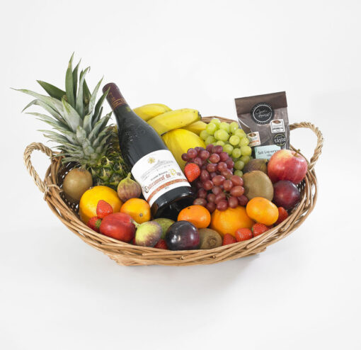 fruit hampwer with red wine and chocs